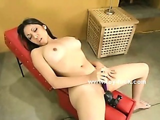 Babe testing large fucking machine cums groaning of pleasure in masturbating sex video